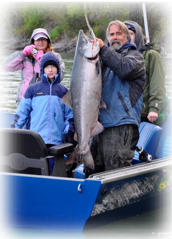 Kenai River Early King Run Anglers